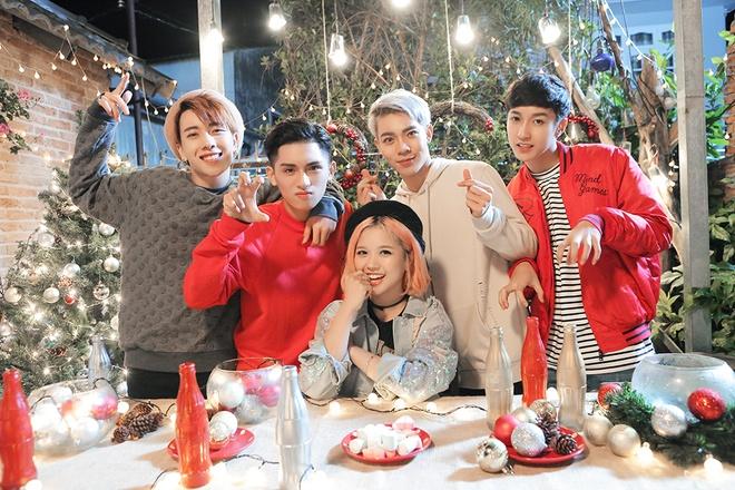 Doan The Lan ket hop voi Monstar va Suni Ha Linh trong MV moi anh 1