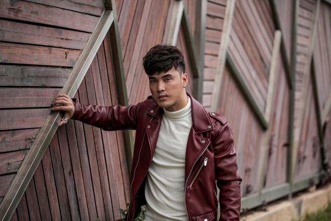 Ung Hoang Phuc remix loat bai hit trong album moi hinh anh 1