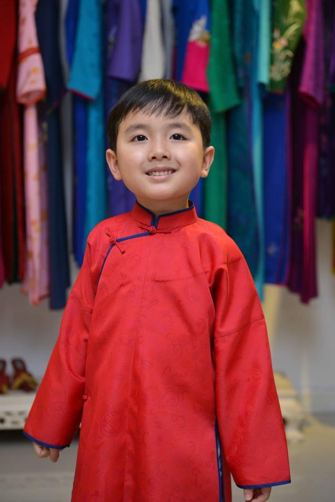 Than dong piano 5 tuoi Evan Le tham nha Trinh Cong Son hinh anh 6