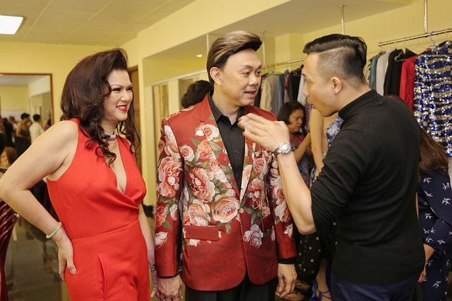 Tran Thanh chay show truoc ngay cuoi Hari Won anh 2