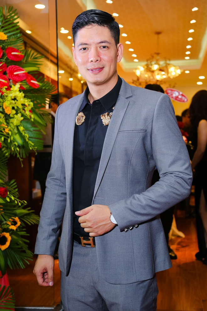 Binh Minh duoc Lan Phuong cham soc o su kien hinh anh 4