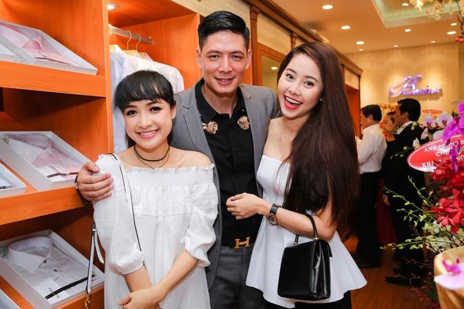 Binh Minh duoc Lan Phuong cham soc o su kien hinh anh 5