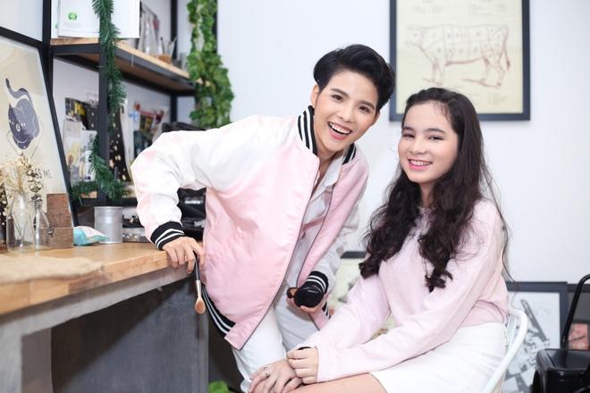 Vu Cat Tuong dien xuat cung hot girl lai trong MV moi hinh anh 1