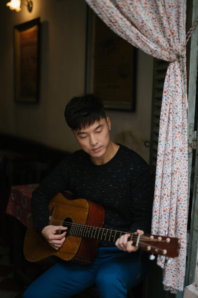 Ung Hoang Phuc gap 'tinh yeu set danh' trong single moi hinh anh 2