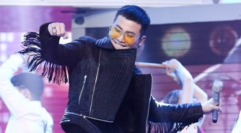 Nguoi tinh am nhac cua Toc Tien toa sang tai The Remix hinh anh