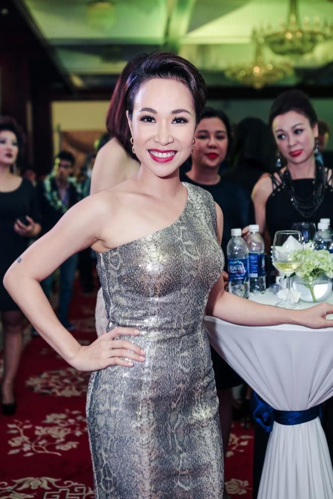 MC Nguyen Cao Ky Duyen di su kien anh 10