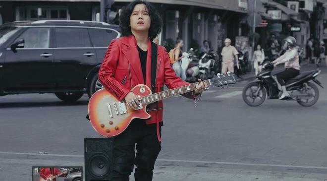 Tien Tien lot xac trong MV 'Di ve dau' hinh anh 1