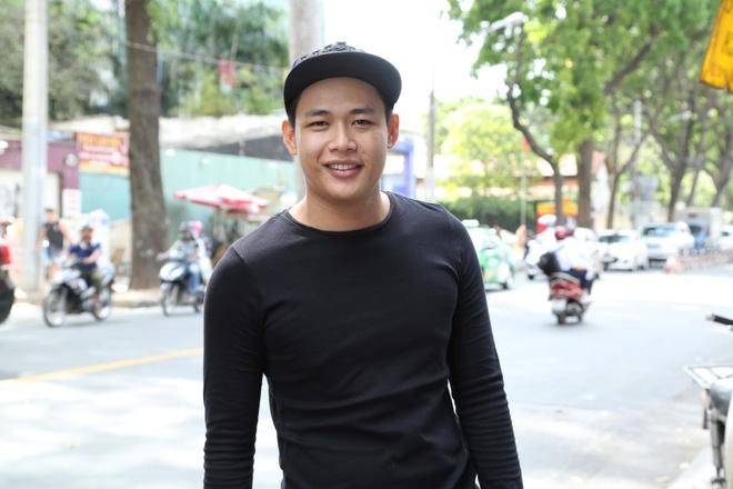 'Hot boy tra sua' Thach thuc danh hai dung 100 trieu tra no hinh anh 2