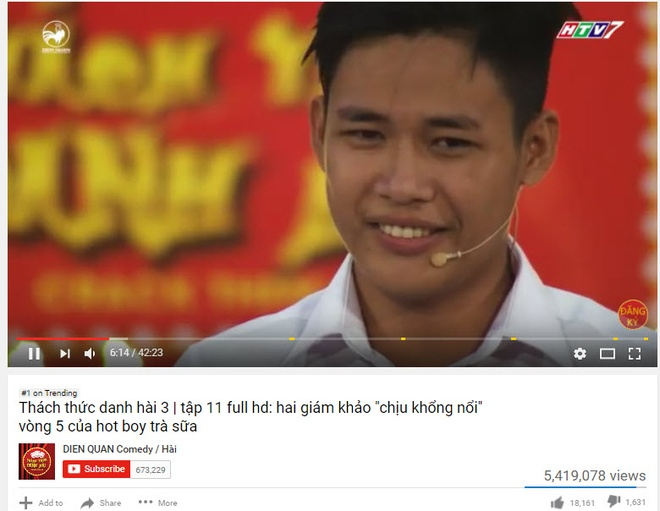 Hot boy tra sua vuot Son Tung tren bang xep hang Youtube anh 1