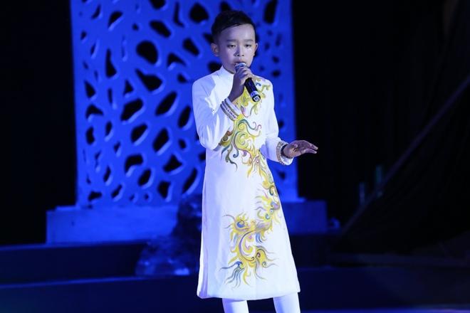Ho Ngoc Ha chan dat song ca cung Dan Truong anh 3