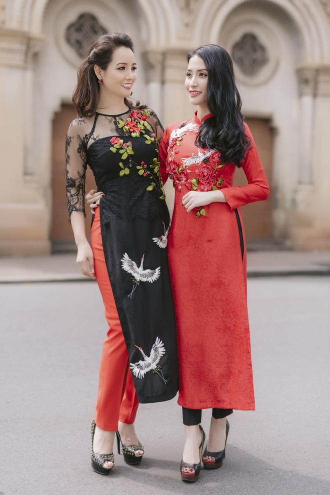 Chi em Mai Thu Huyen, Mai Ho dien ao dai xuan xuong pho hinh anh 7