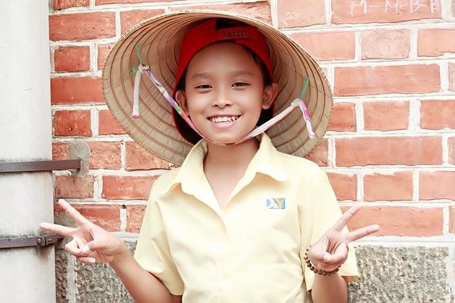Ho Van Cuong khoc khi quay MV dau tay anh 8
