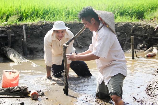 Minh Luan ru Hung Thuan ve que an Tet hinh anh 2
