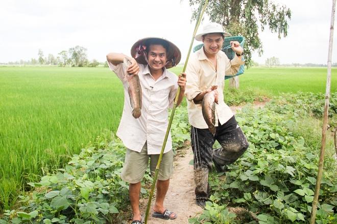 Minh Luan ru Hung Thuan ve que an Tet hinh anh 5