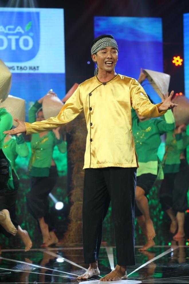 NSUT Phuong Hong Thuy bat khoc khi nho me nuoi Ut Bach Lan hinh anh 6
