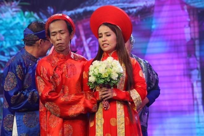 NSUT Phuong Hong Thuy bat khoc khi nho me nuoi Ut Bach Lan hinh anh 9