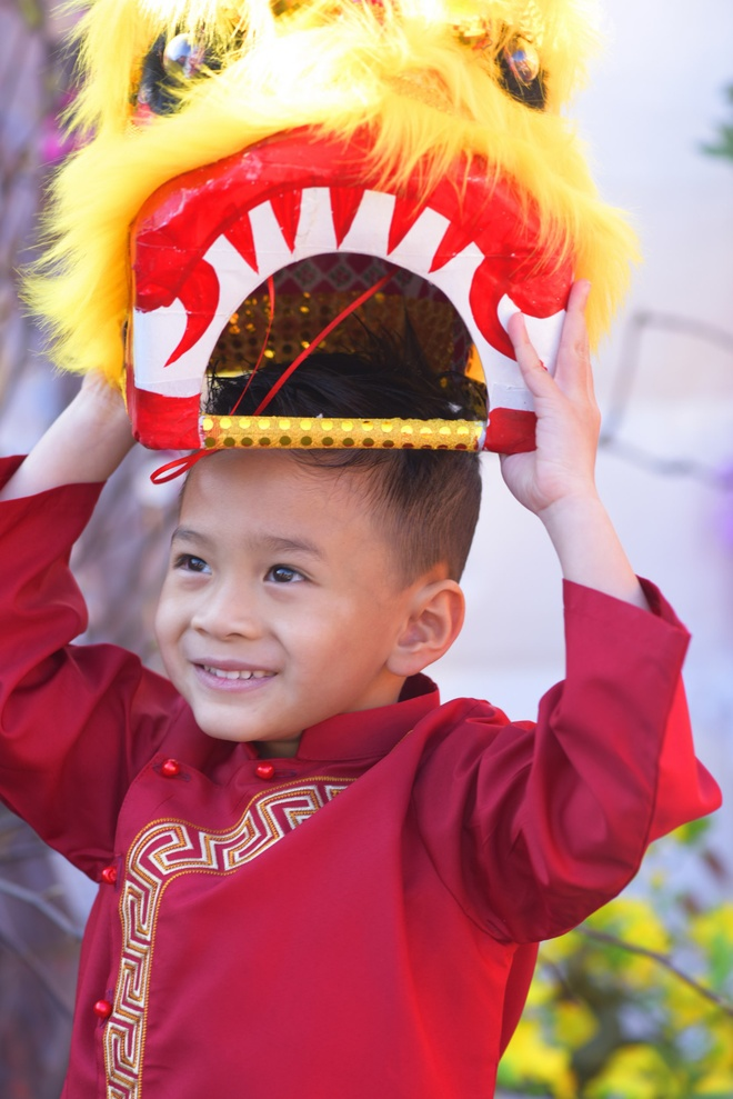 Thanh Thao dan con trai Jacky dao cho Tet o My hinh anh 5