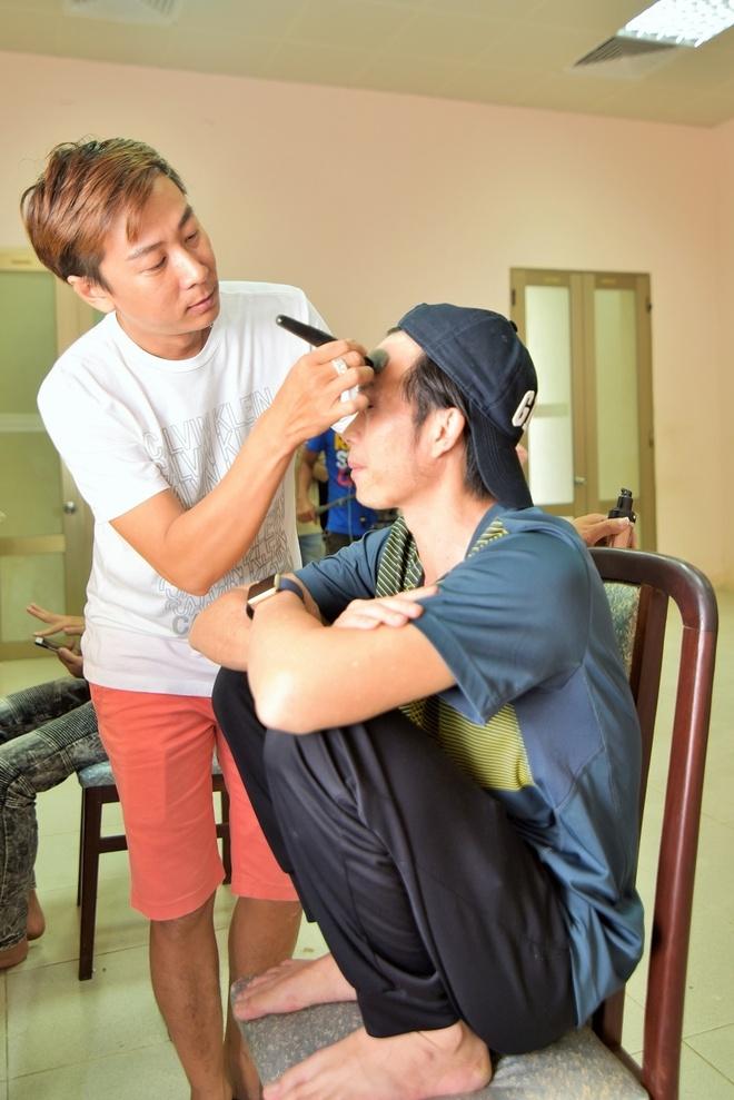 Hoai Linh binh dan di quay hinh game show hinh anh 4