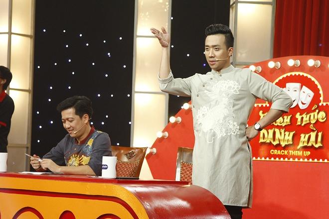 Tran Thanh bi tai xe rieng 'ham hai' tren san khau hinh anh 1