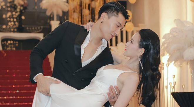 Thu Thuy chu dong tan tinh trai dep trong MV moi hinh anh