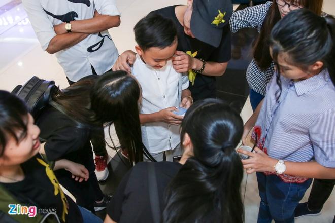 Ho Van Cuong khien khan gia thich thu khi hat 'Duyen phan' hinh anh 7