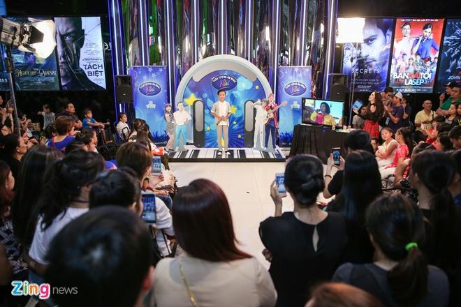 Ho Van Cuong khien khan gia thich thu khi hat 'Duyen phan' hinh anh 1