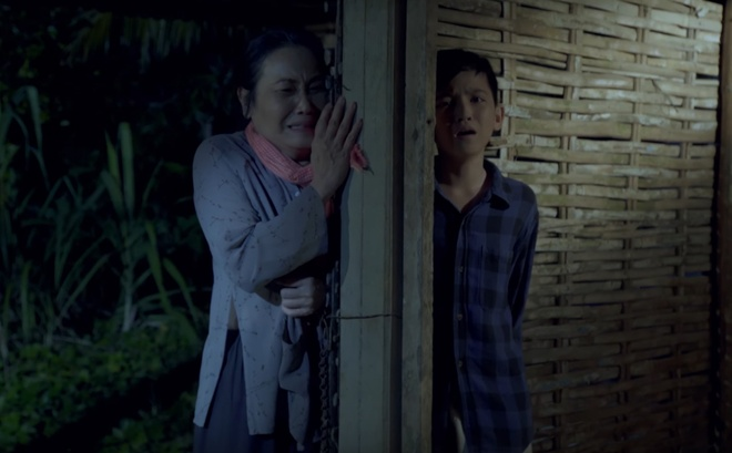 'Than dong cai luong' Quach Phu Thanh ra MV dam nuoc mat hinh anh 5