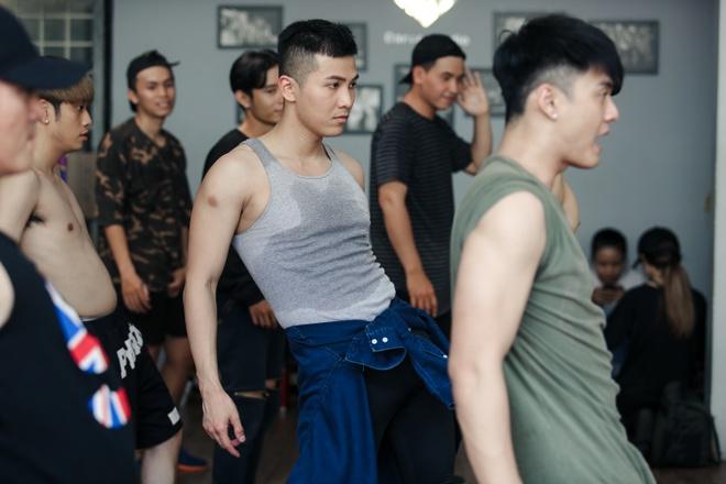 Lam Vinh Hai cham mat vo cu anh 7