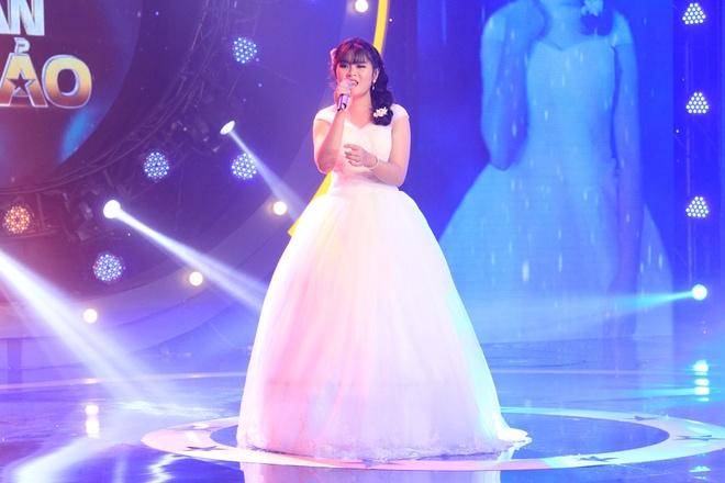 Hot girl quan ho duoc Toc Tien vi la 'hang quy hiem' trong showbiz hinh anh 3