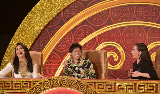 Benh vuc thi sinh, Hoai Linh thang tay 'chat chem' Phi Nhung hinh anh 2