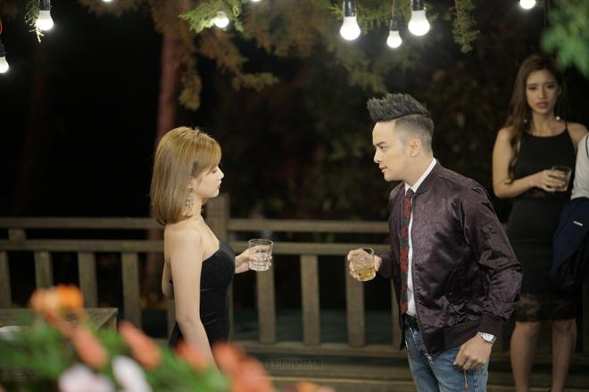 Cao Thai Son om ap hot girl trong MV moi hinh anh 1