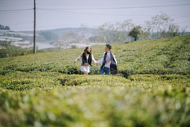 Cao Thai Son om ap hot girl trong MV moi hinh anh 4