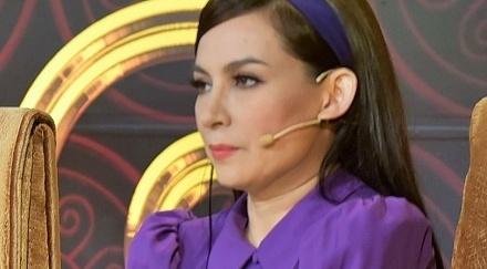 Phi Nhung len tieng khi lien tuc bi Hoai Linh 'chinh' tren ghe nong hinh anh
