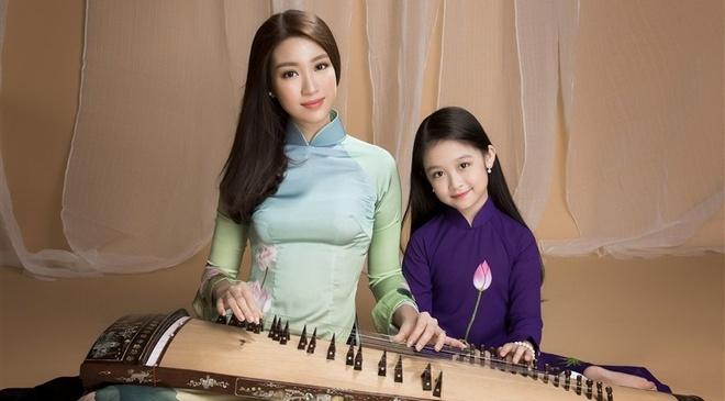 Hoa hau My Linh va 'tieu my nhan' Bao Ngoc quang ba don ca tai tu hinh anh