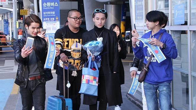 Fan meeting Son Tung tai Han Quoc anh 2