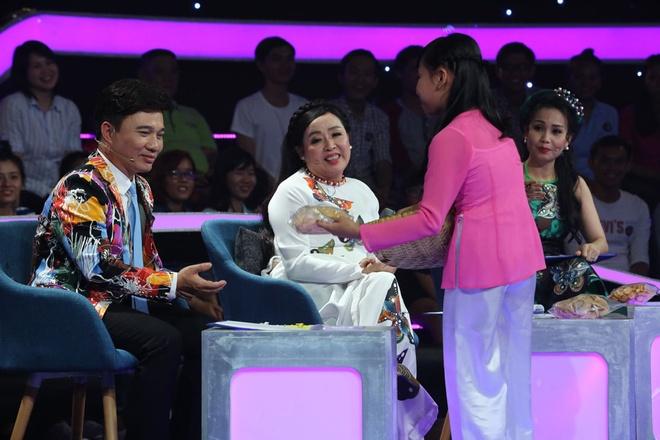 Be 9 tuoi duoc Quang Linh vi la 'ban sao nhi' Tung Duong hinh anh 10