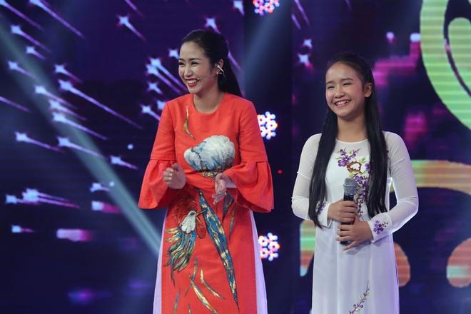 Be 9 tuoi duoc Quang Linh vi la 'ban sao nhi' Tung Duong hinh anh 8