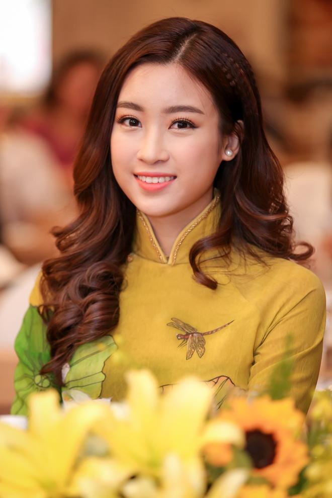 Hoa hau My Linh quang ba Lien hoan don ca tai tu anh 5