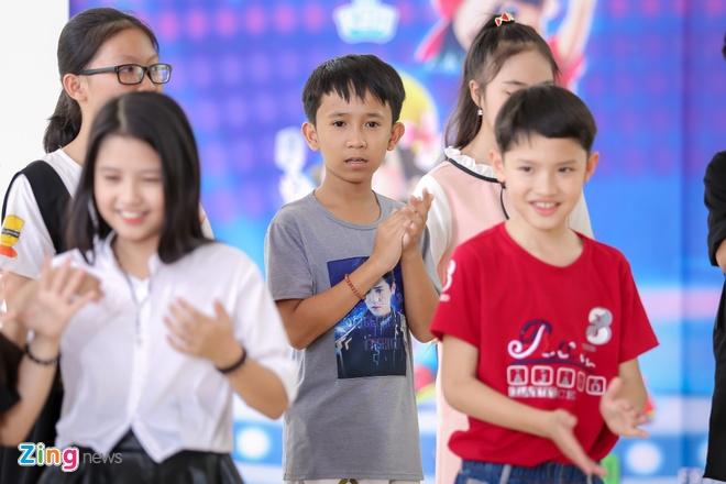 cau be ban keo keo Vietnam Idol Kids 2017 anh 1