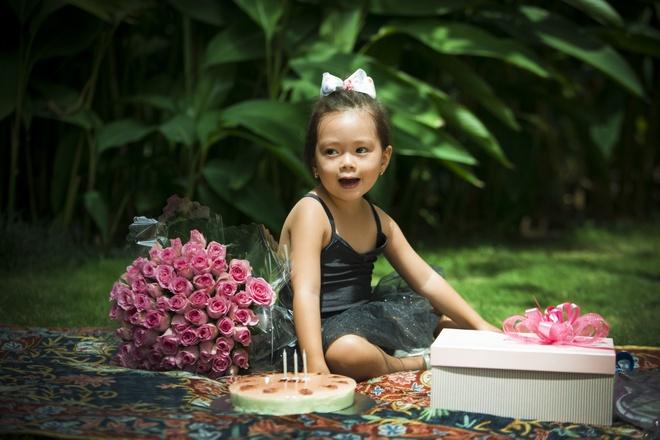 Con gai Doan Trang xinh xan trong bo anh mung tuoi len 3 hinh anh 2