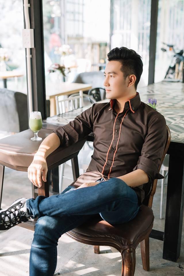Nguyen Phi Hung tu viet loi Viet cho album nhac Hoa hinh anh 1