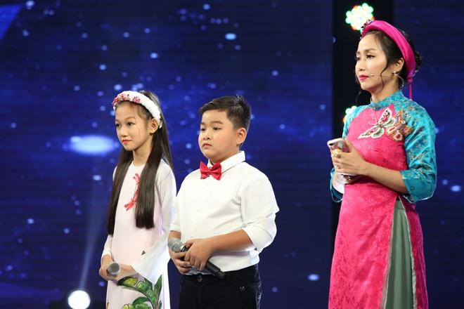 'Hien tuong dan ca' 7 tuoi Nghi Dinh lay nuoc mat cua Cam Ly hinh anh 5
