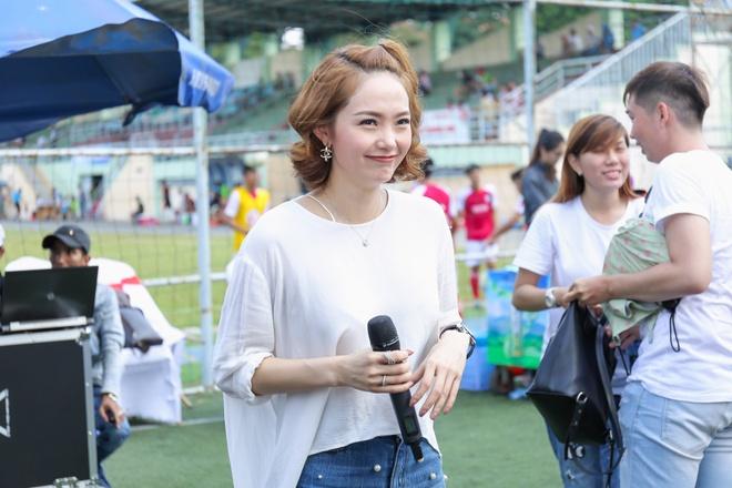Minh Hang bac bo tin don bi chen ep phai bo ghe HLV The Face hinh anh 1