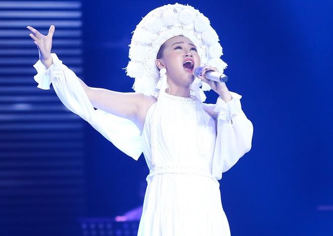 Hot girl 16 tuoi nguoi Han tiep tuc gay bung no san khau The Voice hinh anh 6