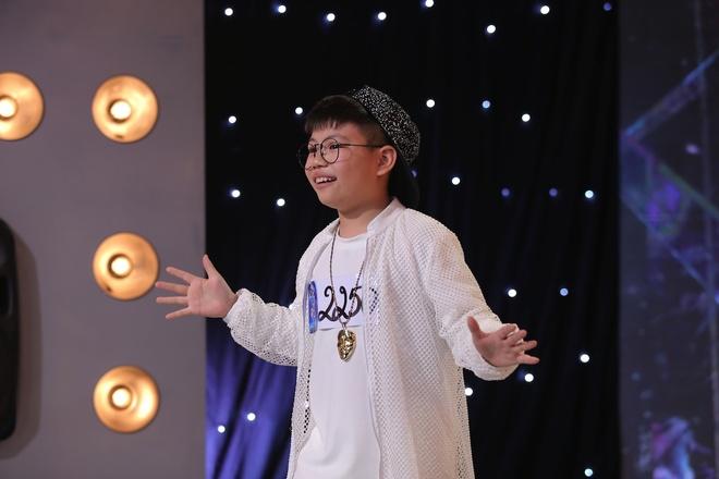 Co be khiem thi gay xuc dong tai Vietnam Idol Kids hinh anh 8