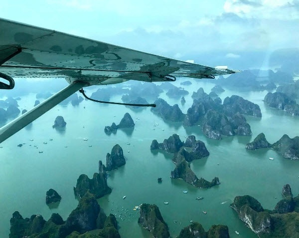 Dao dien 'Kong' tro lai Viet Nam, tham Vinh Ha Long bang thuy phi co hinh anh 1