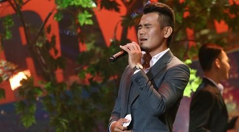 Viet Huong phan khich khi nghe tien dao Phan Thanh Binh hat bolero hinh anh