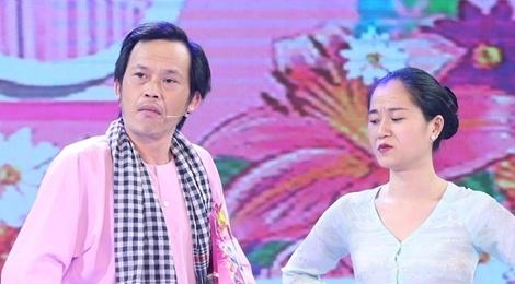 Hoai Linh doi dau Thu Trang tren san khau hai hinh anh