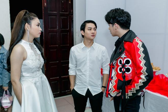 Hoai Lam dan ban gai Bao Ngoc cung di dien hinh anh 4