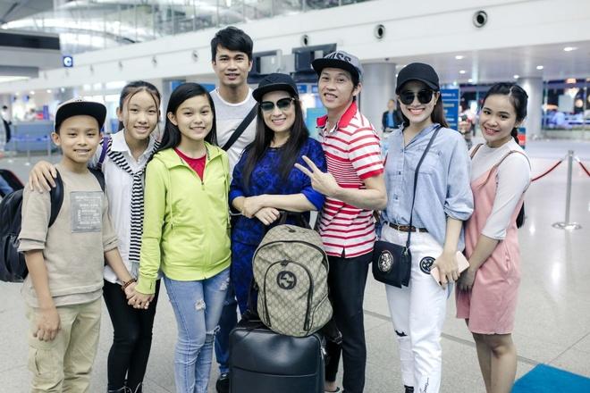 Ho Van Cuong lan dau tien xuat ngoai di dien hinh anh 2